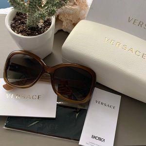 Authentic Versace Sunglasses 🕶